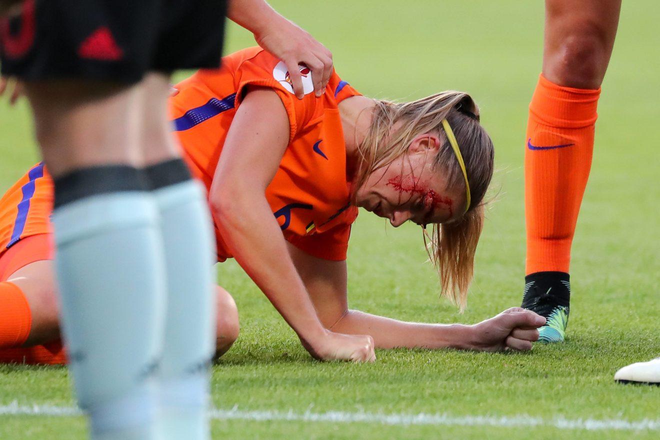 Самые нелепые травмы футболистов!