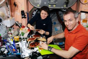 Современная пища космонавтов