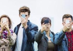 Как влияют смартфоны на человека
