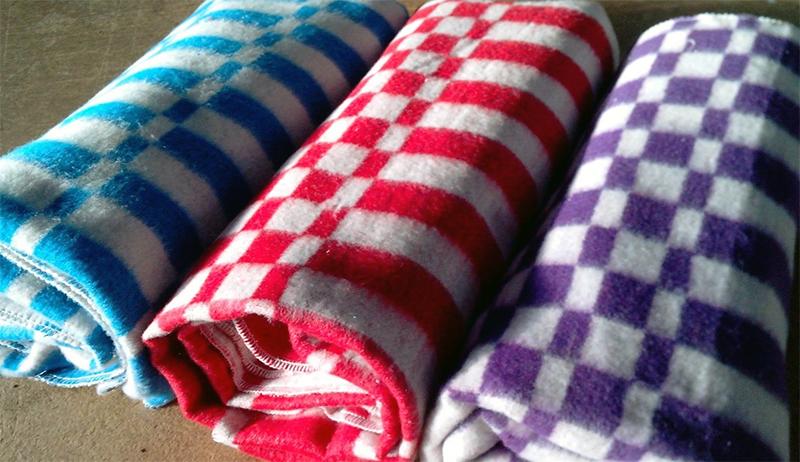Байковое одеяло или шерстяное одеяло – лучший выбор для зимы и лета.