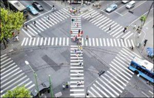 Диагональные пешеходные переходы Японии