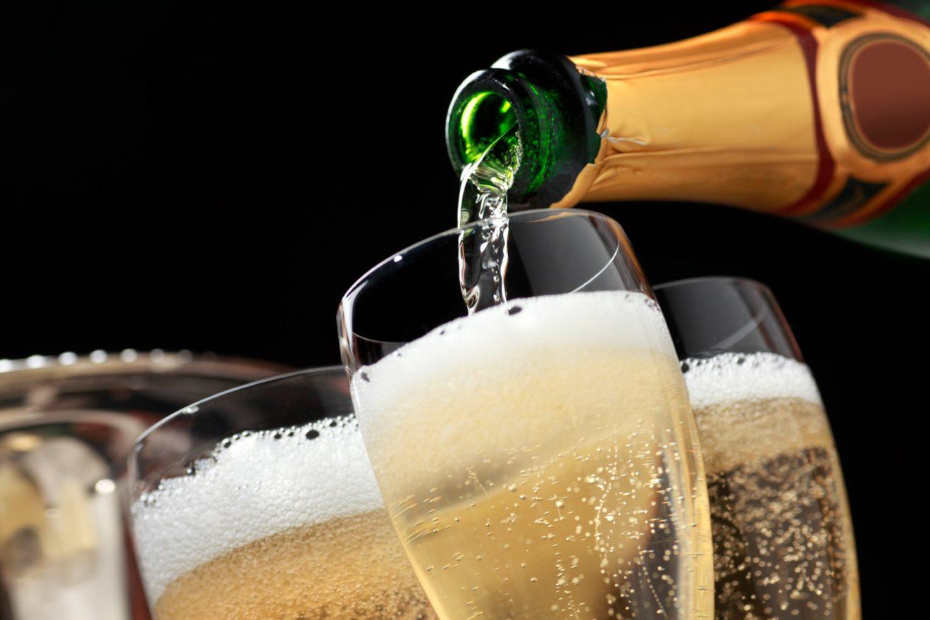 Вся правда о праздничном напитке «шампанское».