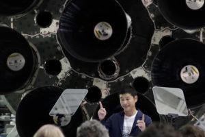 Юсаку Маэзава не хочет лететь на Луну один