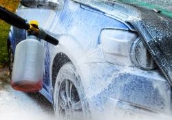 Как выбрать шампунь для бесконтактной мойки автомобиля