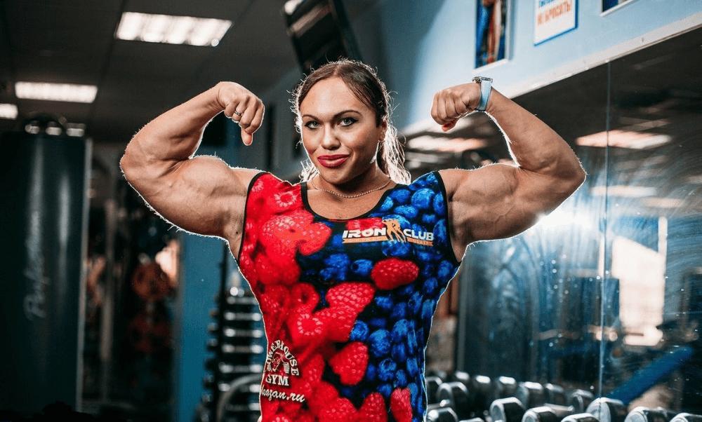 12 Самых сильных женщин-бодибилдеров