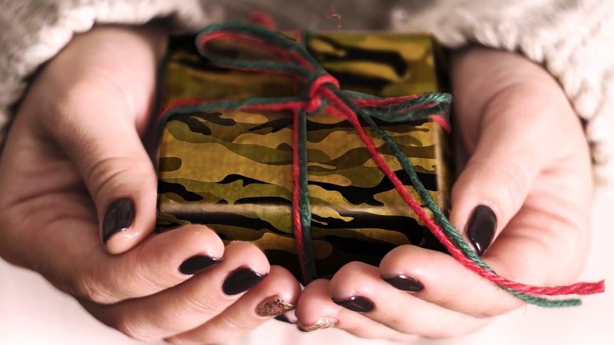 15 лучших подарков мужчине на 23 февраля