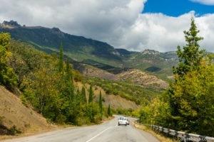Что лучше ехать в Крым на своей машине или лучше арендовать