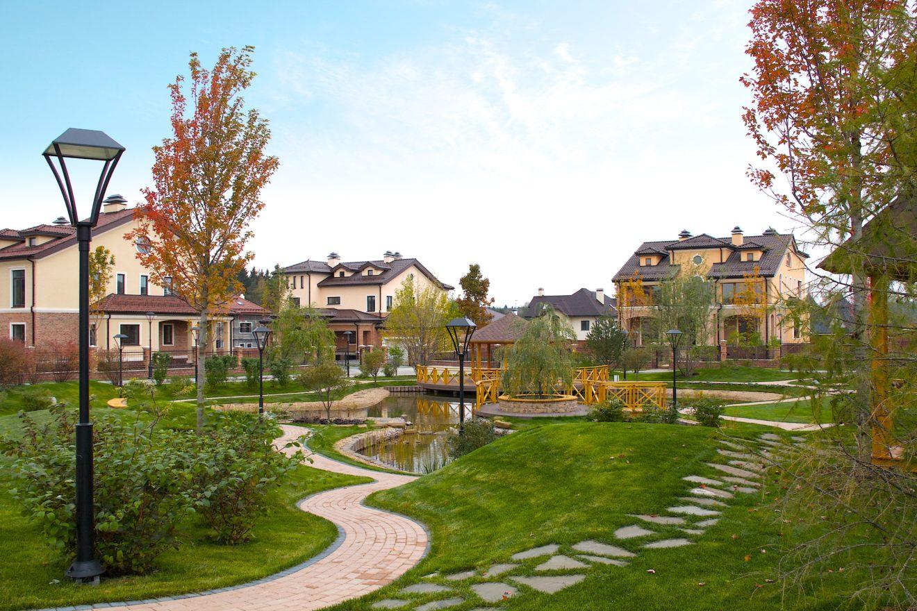 Пандемия COVID-19 повлияла на рост стоимости частных домов и замедление темпов увеличения цен на рынке вторичного жилья