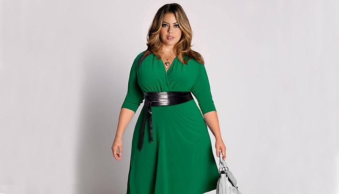 8 стильных фасона платьев, которые помогут скрыть живот