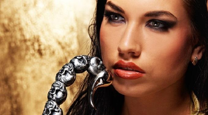 Женщины-Скорпионы. Топ-10 интересных фактов о представительницах этого знака Зодиака